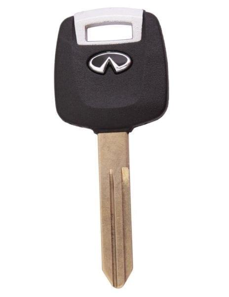 Infiniti бланк ключ с местом под чип